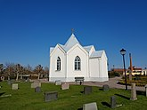 Fil:Gamla kyrkogården, Mönsterås 20160502 02.jpg