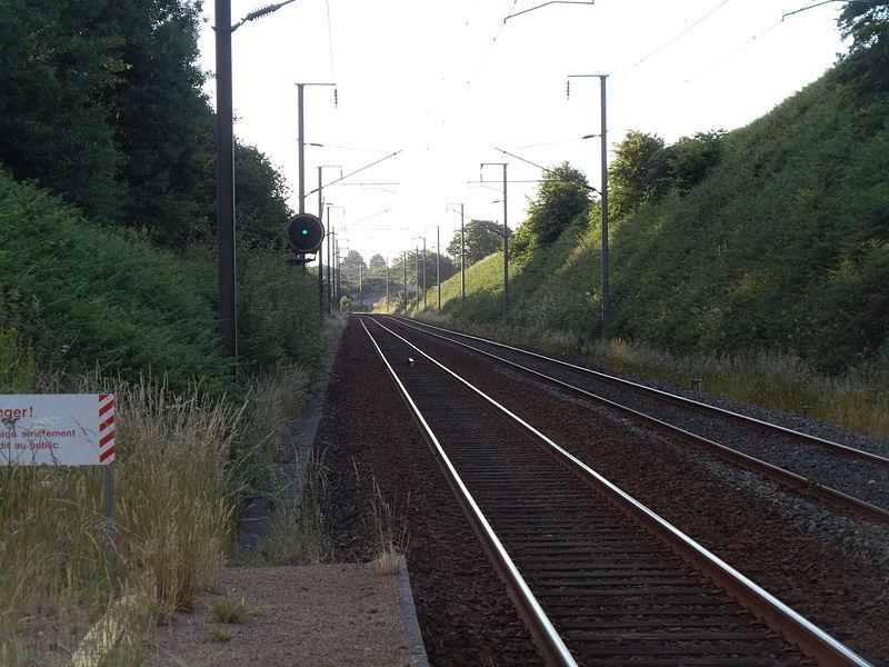 La Gare de Plouvara - Plerneuf vue en direction de Rennes