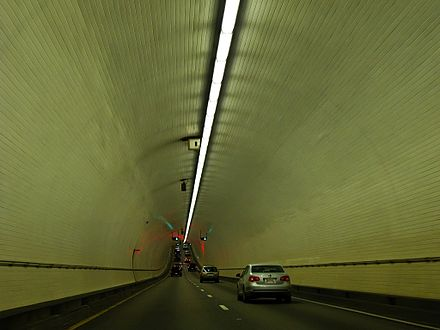 Interior of the eastbound George Wallace Tunnel under the Mobile River George Wallace Tunnel 02.jpg