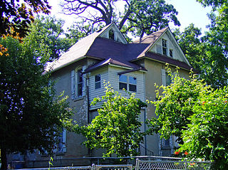 Lowry W. and Hattie N. Goode First North Des Moines House
