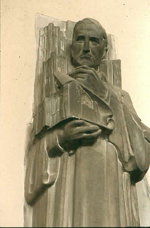 Bertram Goodhue - Goodhue by Lee Lawrie, holding the Rockefeller Chapel, Chicago, Illinois