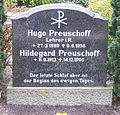 Grabstein Hugo & Hildegard Preuschoff 01.jpg