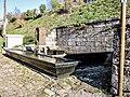 Grande fontaine-lavoir au centre du village.jpg