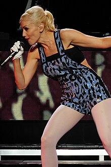 Gwen Stefani během vystoupení