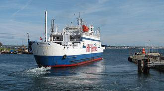 HH Ferry route - Former HH Ferries' Mercandia VIII of Superflex type. Note that it uses a single midship commanding bridge, and like other ferries at the route never needs to turn. A sister ship, Mercandia IV is still in use, since 2013 by Scandlines