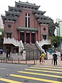 HK CWB Causeway Bay 銅鑼灣道 Tung Lo Wan Road 聖馬利亞堂 St Mary's Church n yellow road mark April 2021 SS2 02.jpg