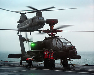 AgustaWestland Apache - Apache and Chinook at sea on HMS ''Ocean'' in November 2014