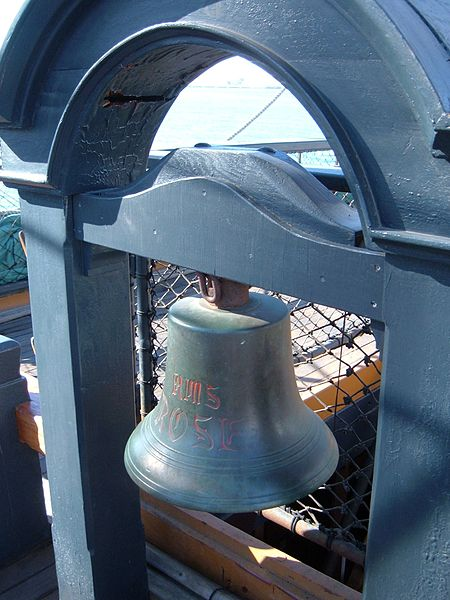 450px-HMS_Surprise_%28replica_ship%29_ship%27s_bell.JPG