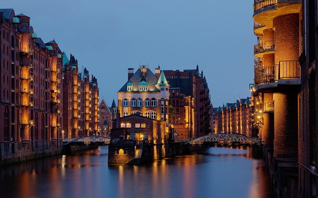 Hamburg english dating
