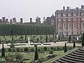 Hampton Court - panoramio (10).jpg