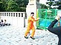 Harajuku performer, 2006-10-29.jpg