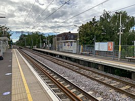 Harringay Green Lanes looking west 2020.jpg