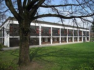 Secondary school Stuntzstrasse 55 Muenchen.jpg