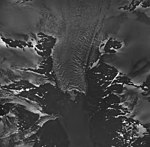 Holgate Mountains, terminus of tidewater glacier, mountain glaciers, and firn line, August 25, 1964 (GLACIERS 6555).jpg