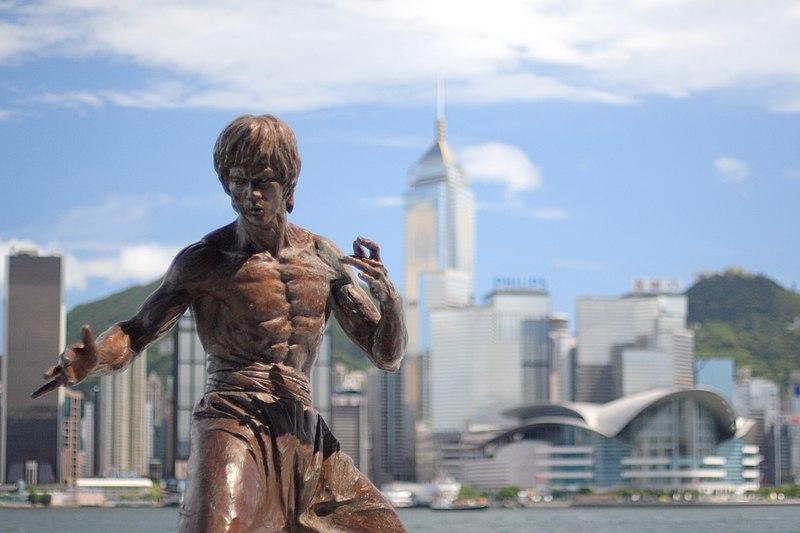 File:Hong kong bruce lee statue 2.jpg