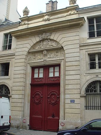 His last home, 120 rue du Bac, where Chateaubriand had an apartment on the ground floor House of Chateaubriand 120 rue du Bac.jpg