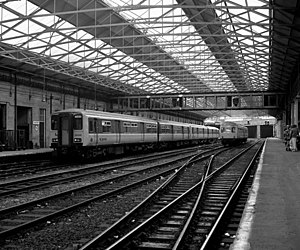 Huddersfield railway station - Huddersfield station platforms in 1987