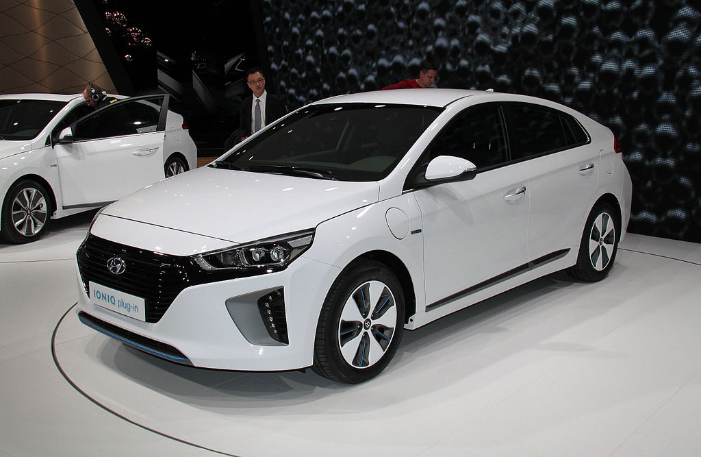 file hyundai ioniq plug in 16 jpg wikimedia commons. Black Bedroom Furniture Sets. Home Design Ideas