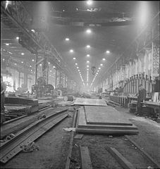In a British Shipyard- Everyday Life in the Shipbuilding Industry, UK, 1943 DB138.jpg