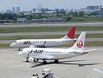 JAL Embraer 170s at itami (16099176416).jpg
