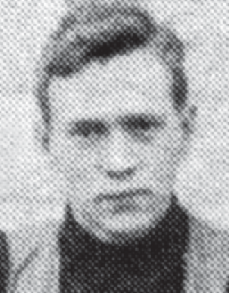 1907 Vanderbilt Commodores football team - Stein Stone (pictured) caught the pass to beat Sewanee.
