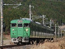 JR West series 113 5700 subset running between Mikumo and Kibukawa.jpg
