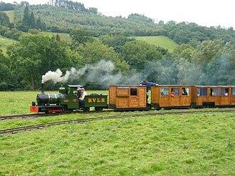 Rhiw Valley Light Railway - Image: Jack departing on circuit