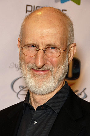 "English: James Cromwell attending the ""Ni..."