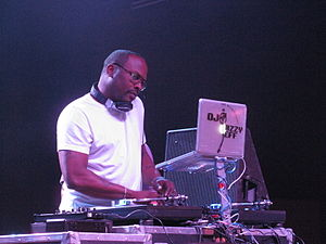 English: This is DJ Jazzy Jeff performing at t...
