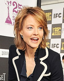Jodie Foster with the LG Electronics Kompressor Vacuum on 25th Spirit Awards Blue Carpet held at Nokia Theatre L.A. Live on March 5, 2010 in LA (cropped).jpg