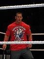 John Cena T-shirt rouge.jpg