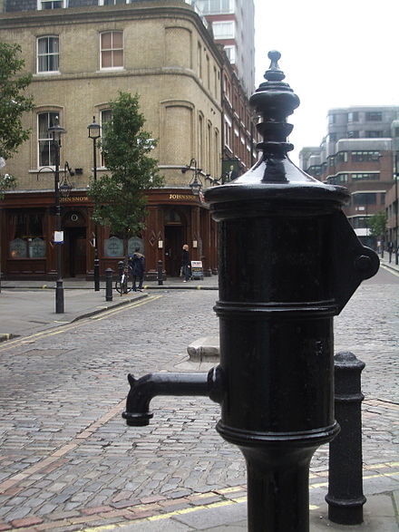 John Snow memorial and public house on Broadwick Street, Soho John Snow memorial and pub.jpg