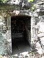 Kalvarie u Valdstejna - jeskyne 2.jpg