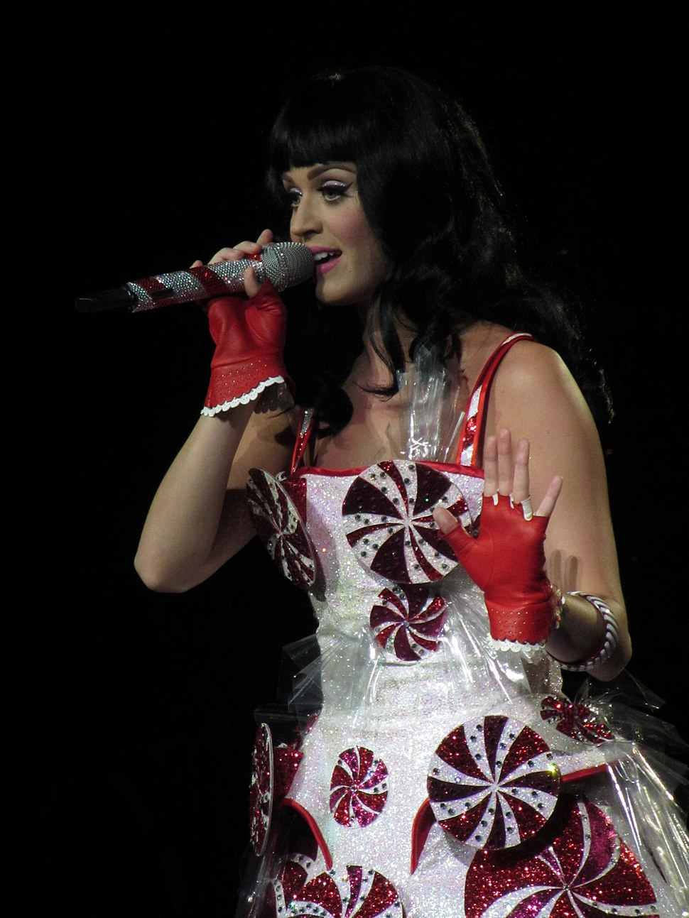 Katy Perry California Dreams Tour 01