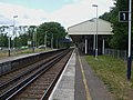 Kempton Park stn look west2.JPG