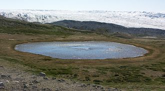 Kettle (landform) - A kettle in the Isunngua highland, central-western Greenland