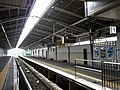 Kintetsu Tenri Station platform 1.jpg
