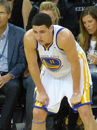Klay Thompson hunched.jpg