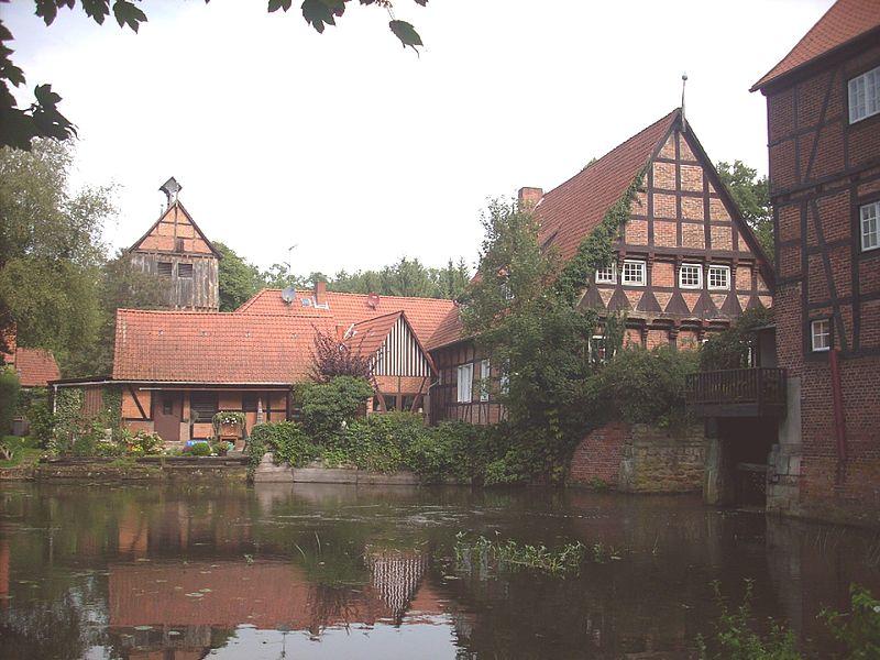 File:Kloster Wienhausen Muehle.jpg