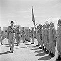Koning Hussein met generaal Glubb en prins Nassar ben Jamil inspecteren de erewa, Bestanddeelnr 255-5077.jpg