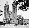 Kossuth tér, római katolikus székesegyház. Fortepan 4589.jpg