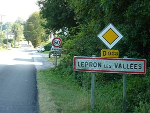 Speed limit - In France city sign has value of speed limit