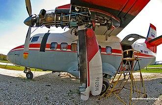 Let L-410 Turbolet - Walter M601 engine installation
