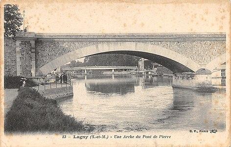 L2023 - Lagny-sur-Marne - Pont de Pierre.jpg