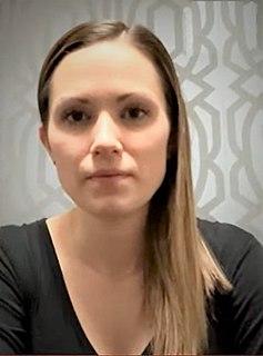 Laura Walker (curler) Canadian curler