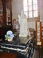 Le Conquet 09 Eglise Sainte-Croix Monument funéraire Dom Michel Le Nobletz.jpg