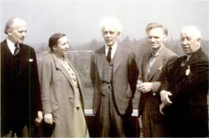 Federation of Canadian Artists - Leaders of the Federation of Canadian Artists at a meeting in Toronto in May 1942. From left to right Arthur Lismer, Frances Loring, Lawren Harris, André Charles Biéler, A. Y. Jackson