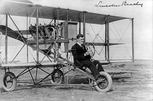 Lincoln J. Beachey - Lincoln Beachey with his plane