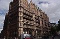 London MMB B8 Hotel Russell.jpg