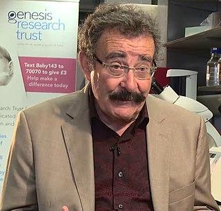 Robert Winston British scientist (born 1940)